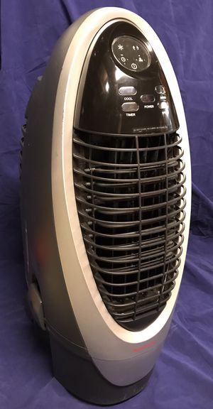 Honeywell portable evaporative cooler excellent condition cost $200 sell for $90 Condition: like new Condition: Like new for Sale in Bakersfield, CA