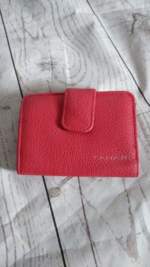 Beautiful Tahari wallet ( excellent condition ) for Sale in Frederick, MD