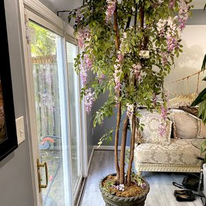 8 Foot Artificial plant for Sale in Capitol Heights, MD