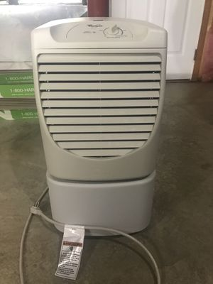 Whirlpool dehumidifier. Fan runs but does not collect water. for Sale in Harpers Ferry, WV