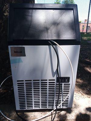 Della Ice Maker Machine for Sale in Washington, DC