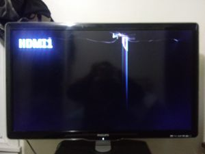 Philips 40inch tv (cracked) for Sale in Seattle, WA
