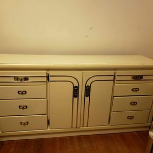 5 Piece Bedroom Set for Sale in Taunton, MA