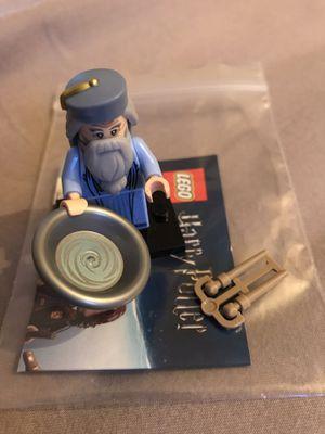 Albums Dumbledore LEGO Minifigure for Sale in Columbus, OH