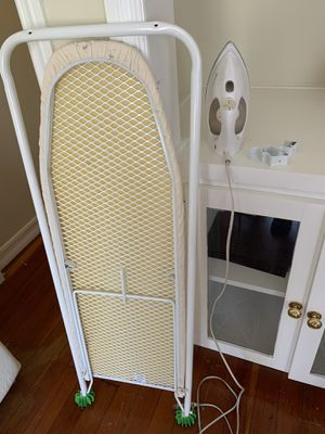 $20!! Over the door IRONING BOARD & IRON for Sale in Los Angeles, CA