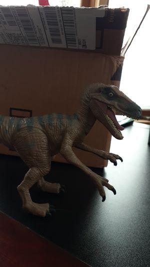 Jurrasic world Delta raptor, 2016 for Sale in Chassell, MI
