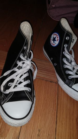 LEATHER EDITION HIGH TOP CHUCKS for Sale in Bronx, NY