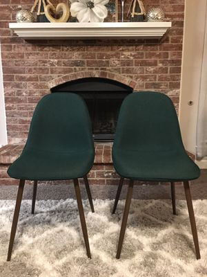 BRAND NEW OUT OF THE BOX, NEVER USED SET of 2 Dining/ Accent Chairs ((READ DESCRIPTION BELOW)) for Sale in Grand Prairie, TX