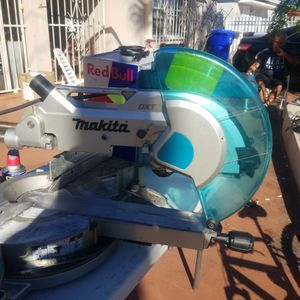 Makita Dxt for Sale in Miami, FL