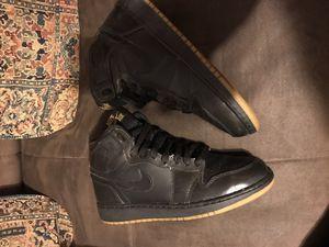 Air Jordan 1 Retro BG Black Gum 575441-020 sz 5Y for Sale in Chicago, IL