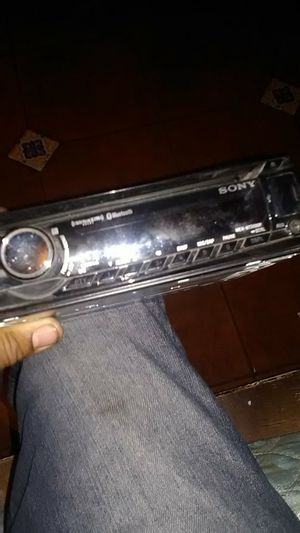 Sony mex3100bt car stereo for Sale in San Bernardino, CA