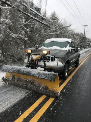 SNOW PLOW REMOVAL for Sale in Fort Washington, MD