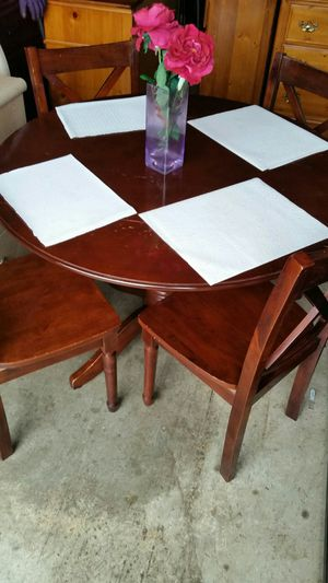 ROUND TABLE WITH 4 CHAIRS for Sale in Fairfax, VA