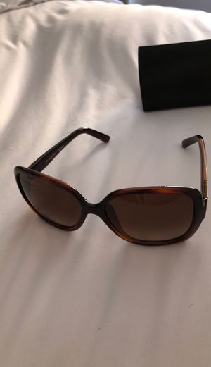 Fendi brown sunglasses with gold logo for Sale in San Diego, CA