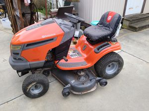 Husqvarna riding mower for Sale in Cuero, TX