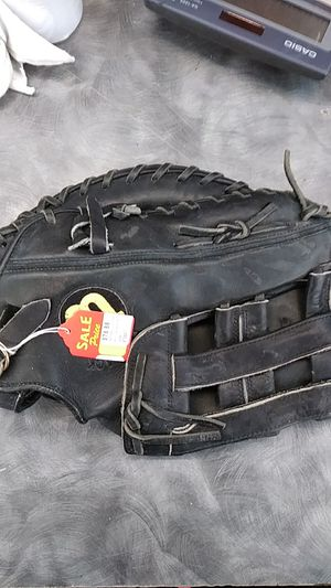 Wilson baseball glove black leather first base for Sale in Austin, TX