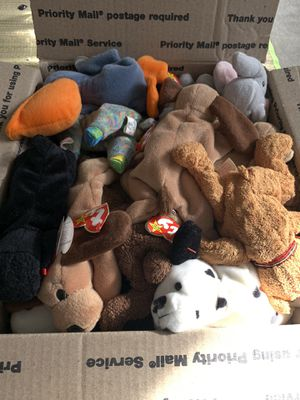 VTG Lot of 30 Beanie baby stuffed animal kids toy children home decor animals pets cats dogs pet indoor outdoor collectible spring garden CUTE women for Sale in Los Angeles, CA