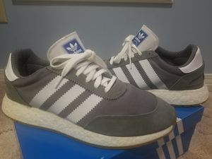 Adidas I-5923 iniki size 10.5 for Sale in Derby, KS