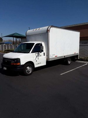 2004 Chevy Express Box Van Cutaway for Sale in Corona, CA