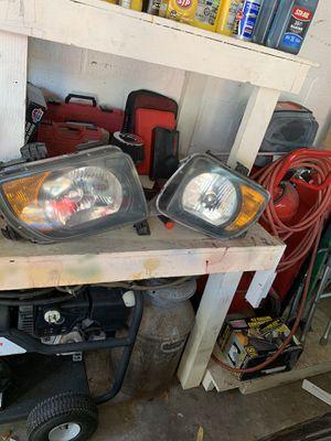 Honda Element headlights wheels sc rear carpet for Sale in Oakland Park, FL