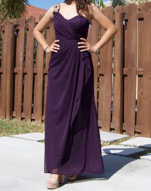Size two purple prom dress for Sale in Miami, FL