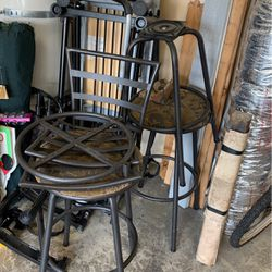 FREE BAR STOOLS NEED WORK PERFECT TO REFURBISH SOLID WHEN PUT TOGETHER X 3 for Sale in Vancouver,  WA