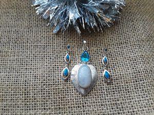 Silver blue topaz pendant set for Sale in Oak Lawn, IL