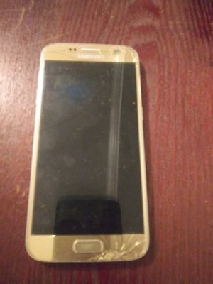 Samsung phone for Sale in Baltimore, MD