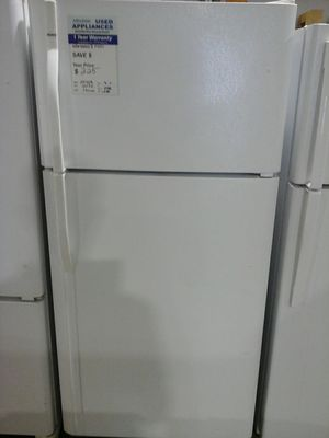 Kenmore refrigerator top mount LIKE NEW for Sale in Denver, CO