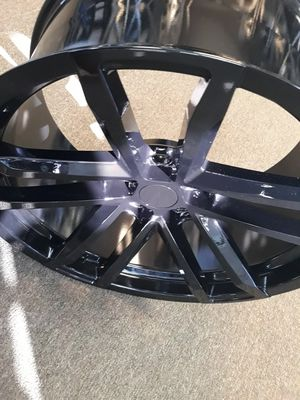 20in staggered gloss black wheels/rims 5x120 for Sale in Fresno, CA
