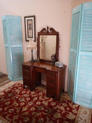 Beautiful solid wood vintage vanity & Mirror for Sale in Rockledge, FL