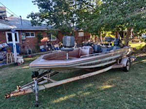 1981 Ranger 189-V Bass Boat must sale today for Sale in Phoenix, AZ