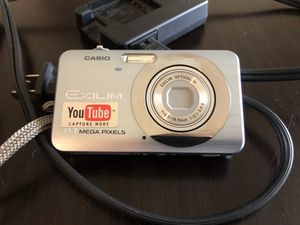 Casio Exlim digital camera 8.1 mega pixels for Sale in Brownsville, TX