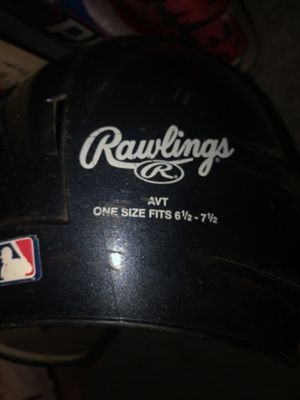 RAWLINGS BASEBALL HELMET AND BATS for Sale in Parma, OH