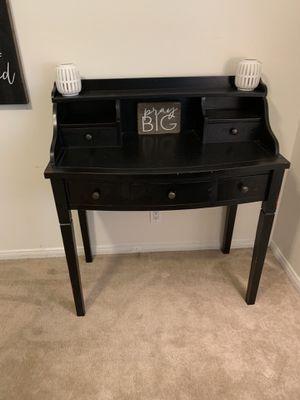 5 Drawer Writing Desk for Sale in La Habra, CA
