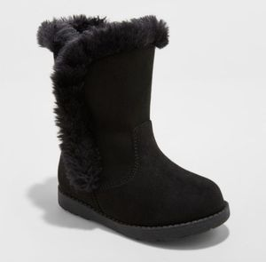 Beautiful warm girls boots for sale !!! for Sale in Ontario, CA