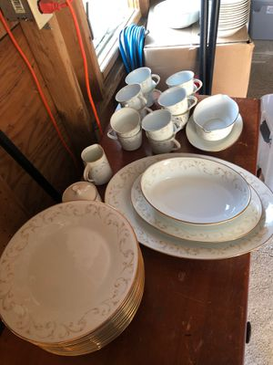 Noritake serving set. 92 pieces excellent condition. for Sale in Providence, RI