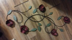 Medium Size metal rose wall decor for Sale in Grove City, OH