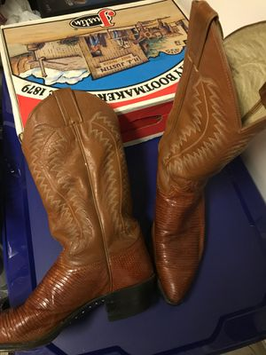 Justin snake skin size 9 1/2 cowboy boots for Sale in Lynnwood, WA