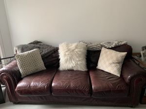 Leather couch and loveseat for Sale in Washington, DC