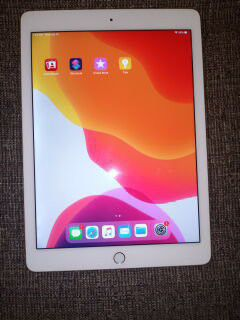 Apple ipad Air 2 Like New for Sale in S CHESTERFLD, VA