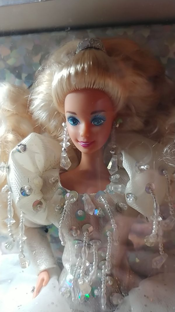 Vintage Happy Holidays Barbie from 1992