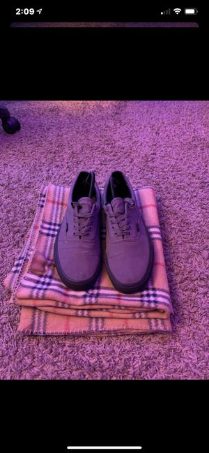 Vans AU grey and black for Sale in Paramount, CA