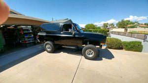 84 Chevy k5 blazer for Sale in Phoenix, AZ