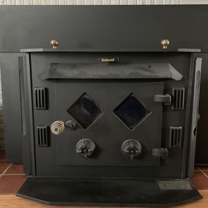 Aristocrat Wood Burning Fireplace for Sale in Seattle, WA