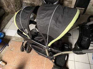 Double stroller for Sale in Melrose Park, IL