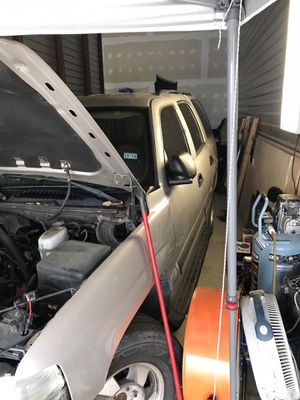 2004 Chevy Tahoe parting out for Sale in Houston, TX
