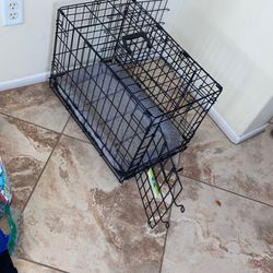 """22"""" Pet Folding Crate With Mat for Sale in Riverside,  CA"""
