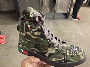 Men's camo high top designer shoes limited size is now available store pick up for Sale in West Hollywood, CA