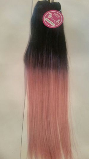 One piece, black roots to pink hair extensions, able to restyle for Sale in Downey, CA